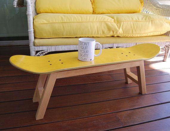 skateboard hocker zeitungsst nder gelb von skatehome auf etsy homedesign pinterest. Black Bedroom Furniture Sets. Home Design Ideas
