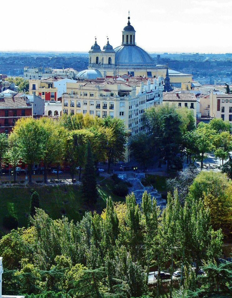 Vistas De Madrid Desde La Cupula De La Catedral De La Almudena Catedral Vistas Madrid Ciudad