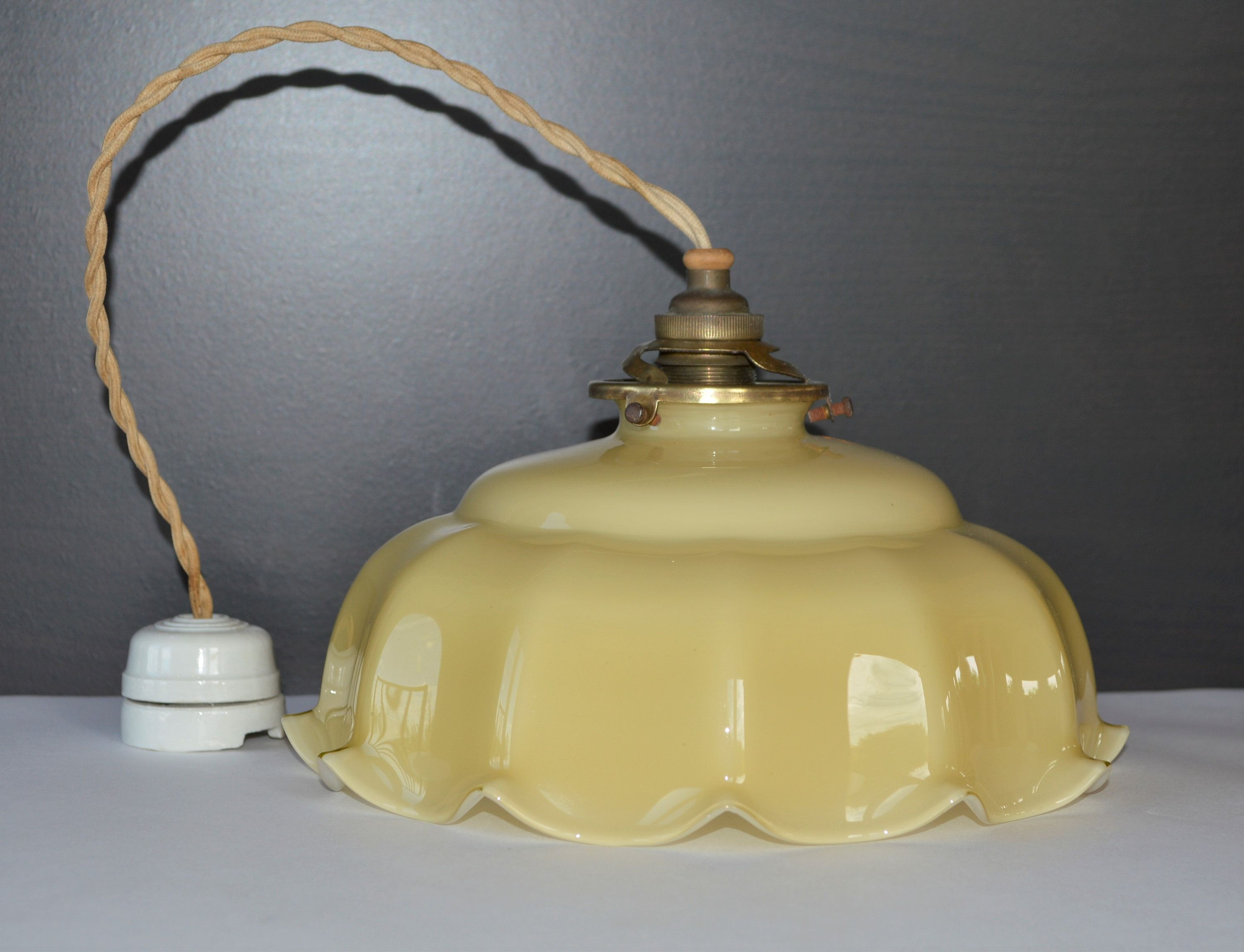 vintage frosted glass ceiling light lamp shade pleated brass fitting