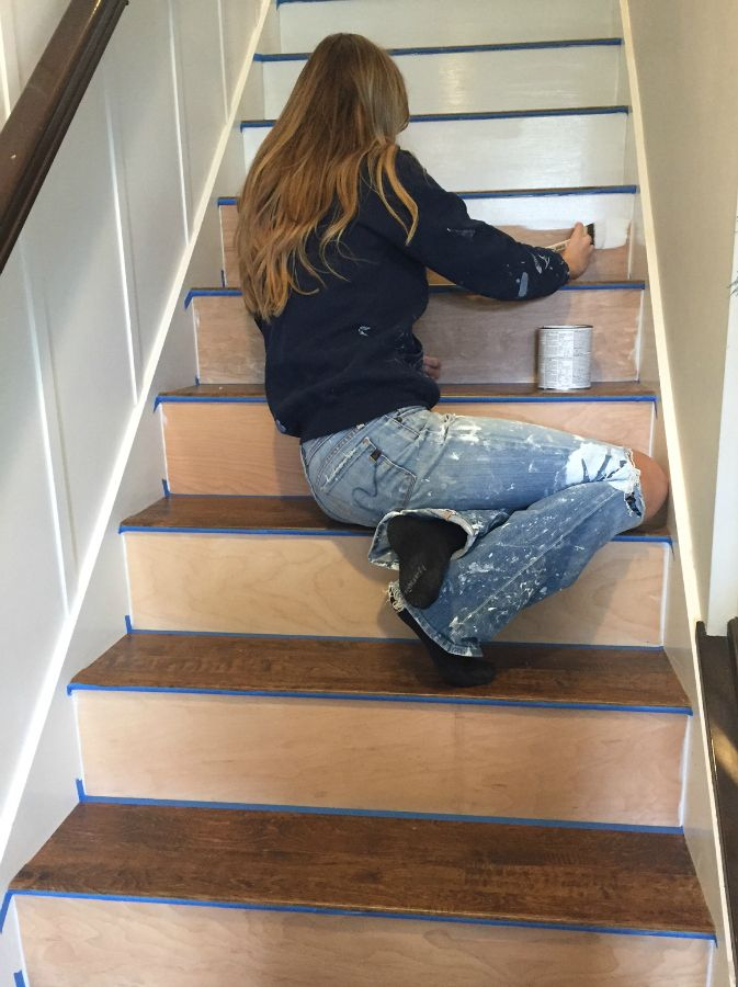 Perfect DIY Replacing Carpeted Stairs With Laminate Flooring.