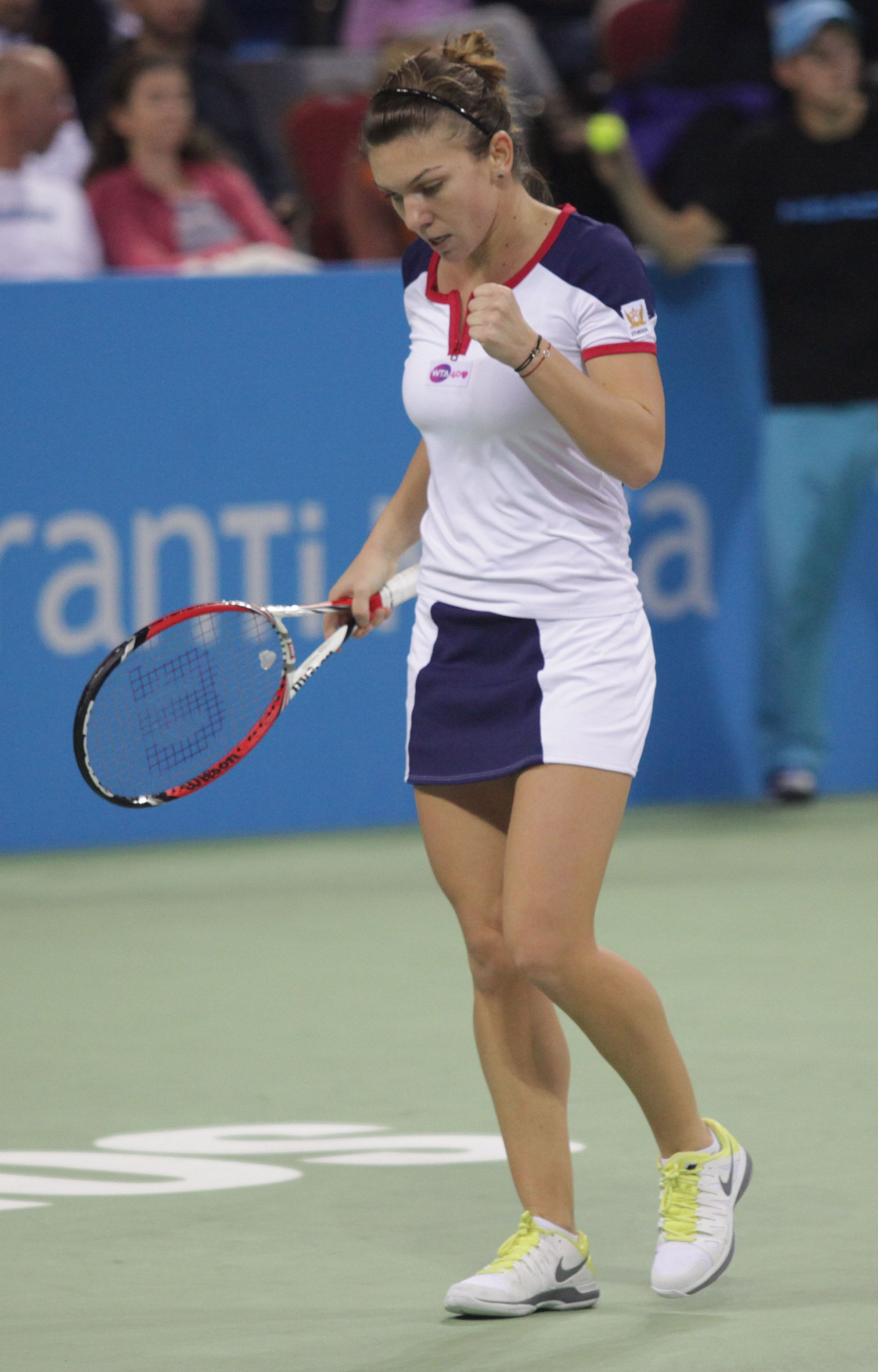 Ana Ivanovic Nue 2013 wta tournament of champions sfs: #1-seed simona halep
