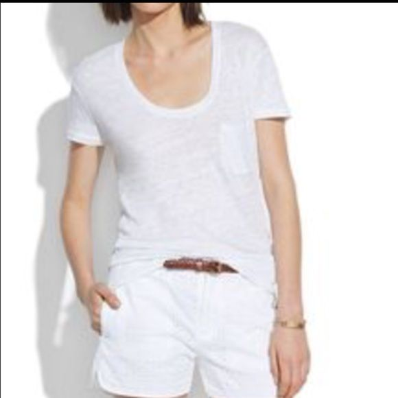 Madewell linen t shirt - barely worn! Have available in black and white. Loose fitting but structured linen t shirt with pocket at breast. Only worn twice (my boobs didn't let flow the way I would have liked, size D) Madewell Tops Tees - Short Sleeve