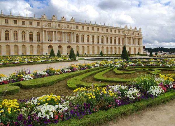 Best Gardens To Visit In Spring