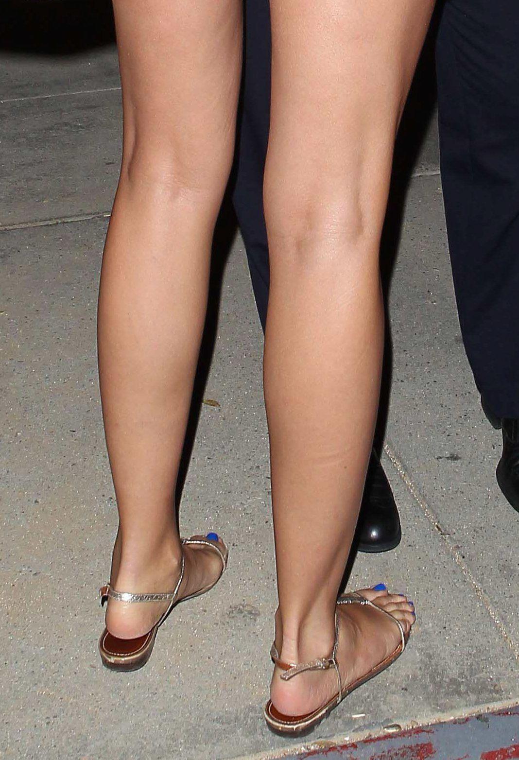 cameron diaz nude legs
