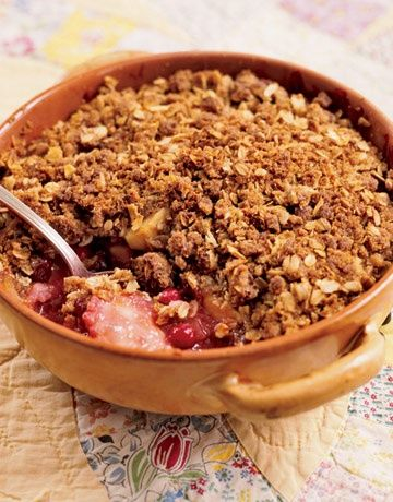 http://www.countryliving.com/recipefinder/cranberry-apple-crisp-clv1007
