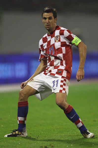 Srna Darijo Defense Shakhtar Donetsk Ukr Srnadarijo Click On Photo To View Skills Croatia Donetsk Euro 2012