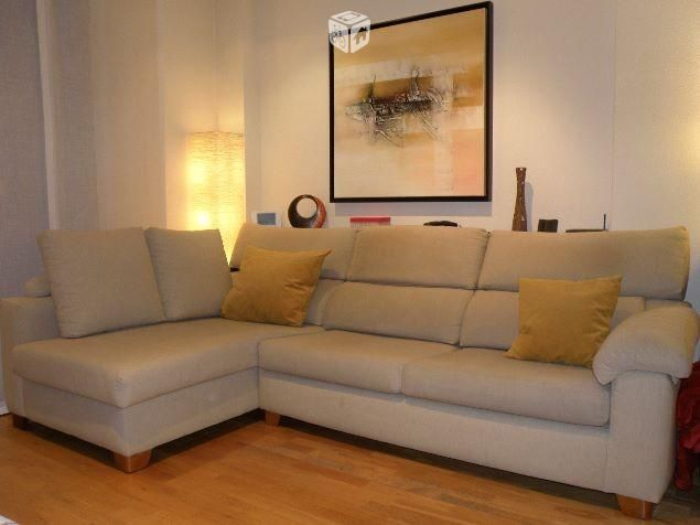 Foto de sof rinconera con chaise longue de 4 plazas for Sofa 4 plazas mas chaise longue