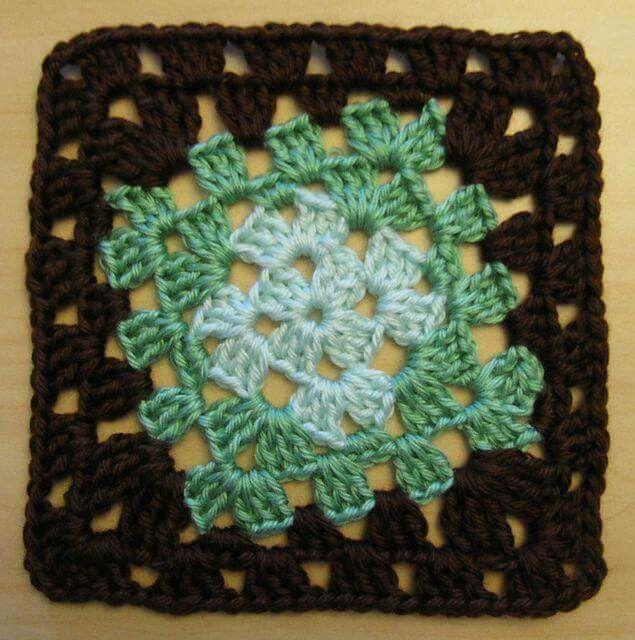 Pattern Crochet Loopy Butterfly Detailed