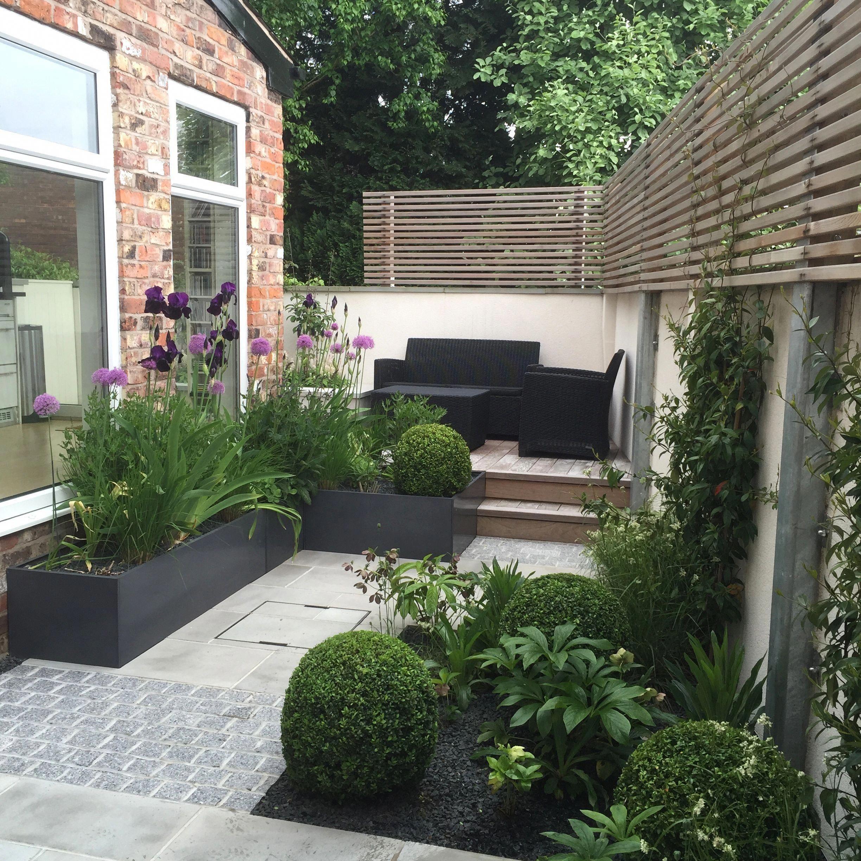 Garage Door Landscaping Ideas: Garden Design Ideas En 2019