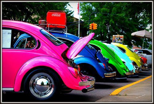 Love me some old VW Beetles!