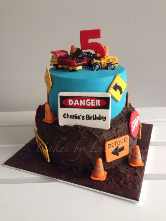 Construction Cake For Boys Kraysons 3rd Birthday In 2018