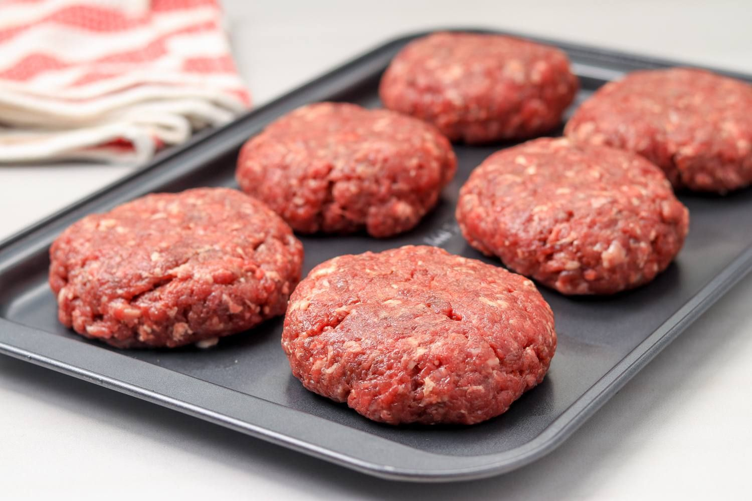Burgers Can Be Juicy When Made In The Oven Recipe Baked Burgers Oven Baked Burgers Recipes