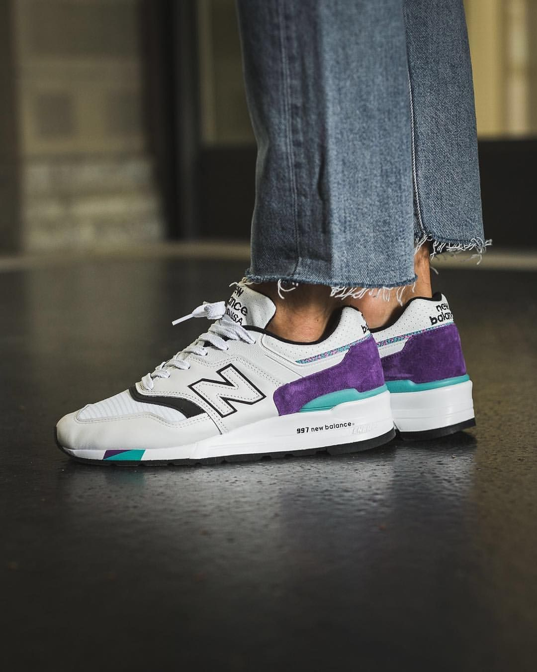 "competitive price 6e9e8 c0c55 Titolo Sneaker Boutique no Instagram  ""New Balance 997 💜 White Purple    Made in 🇺🇸 ⠀ available now online and in-store  titoloshop Basel, ..."