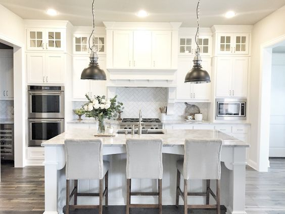Walls Are Sherwin Williams Sw 7015 Repose Gray White Cabinet Color Is Sw Pure White Countertop I White Kitchen Design Kitchen Cabinets Decor Kitchen Interior