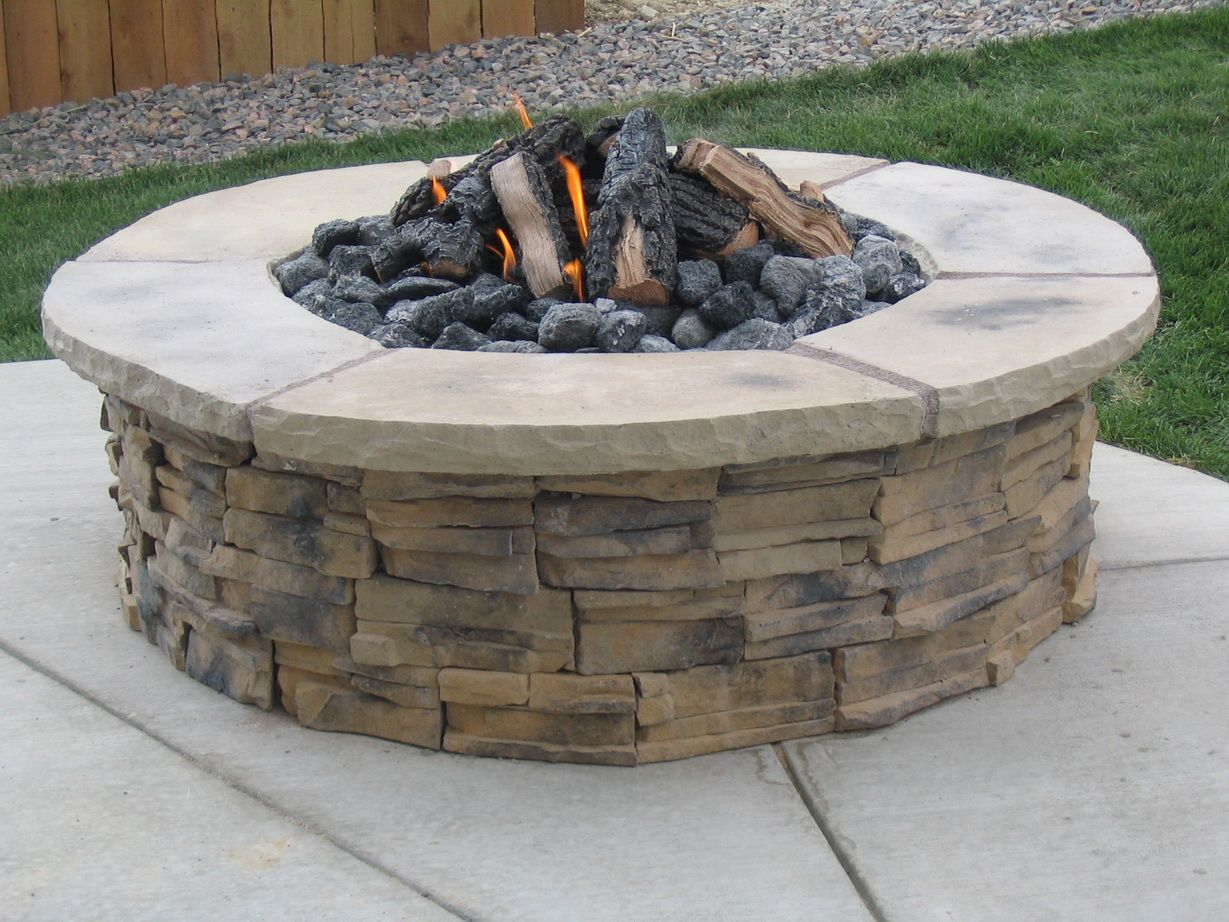 Pin By Jennifer Armbrecht On Block It And Fire It Up Outdoor Fire Fire Pit Essentials Easy Fire Pit