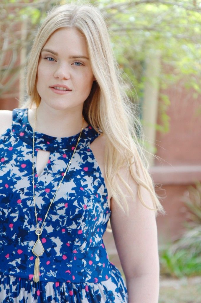 Spring Florals with Gwynnie Bee