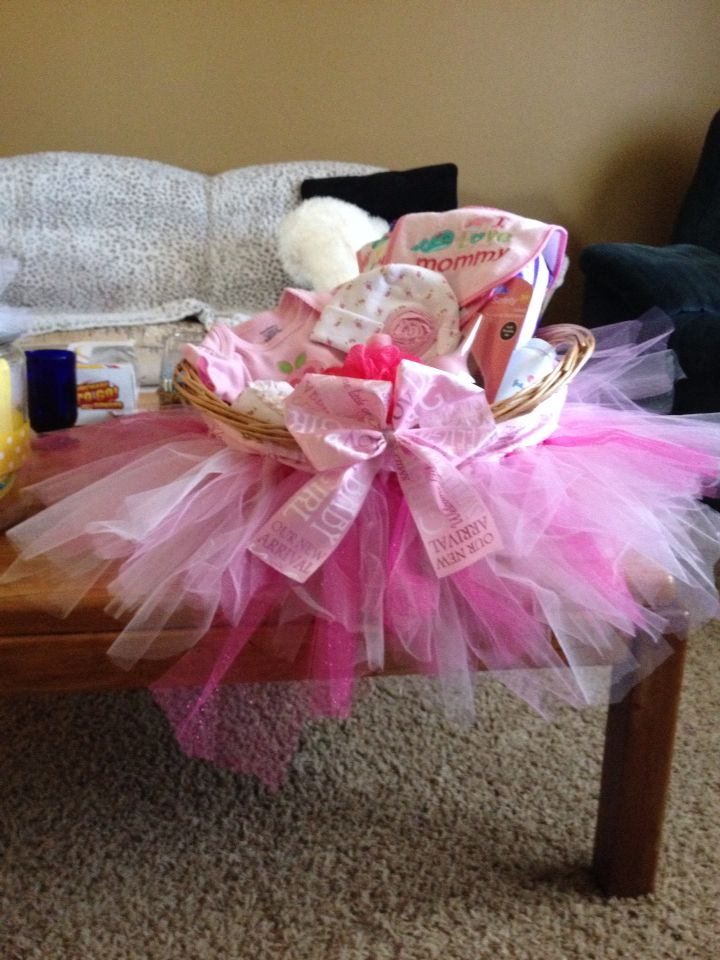 Baby shower, girl gift ideas! All pink
