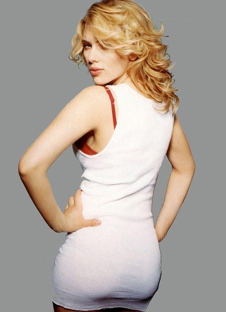 scarlett johansson sexy ass