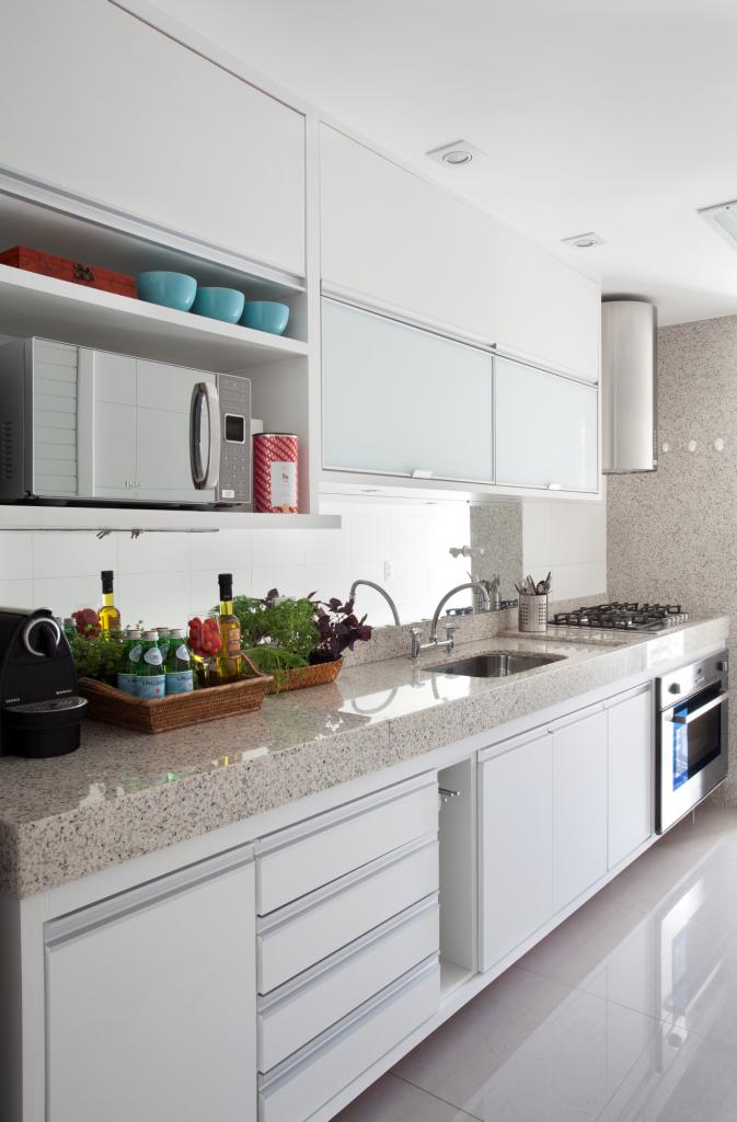 Aparador Mdf Cru ~ Apartamento no RJ por Babi Teixeira Mdf branco, Cozinha