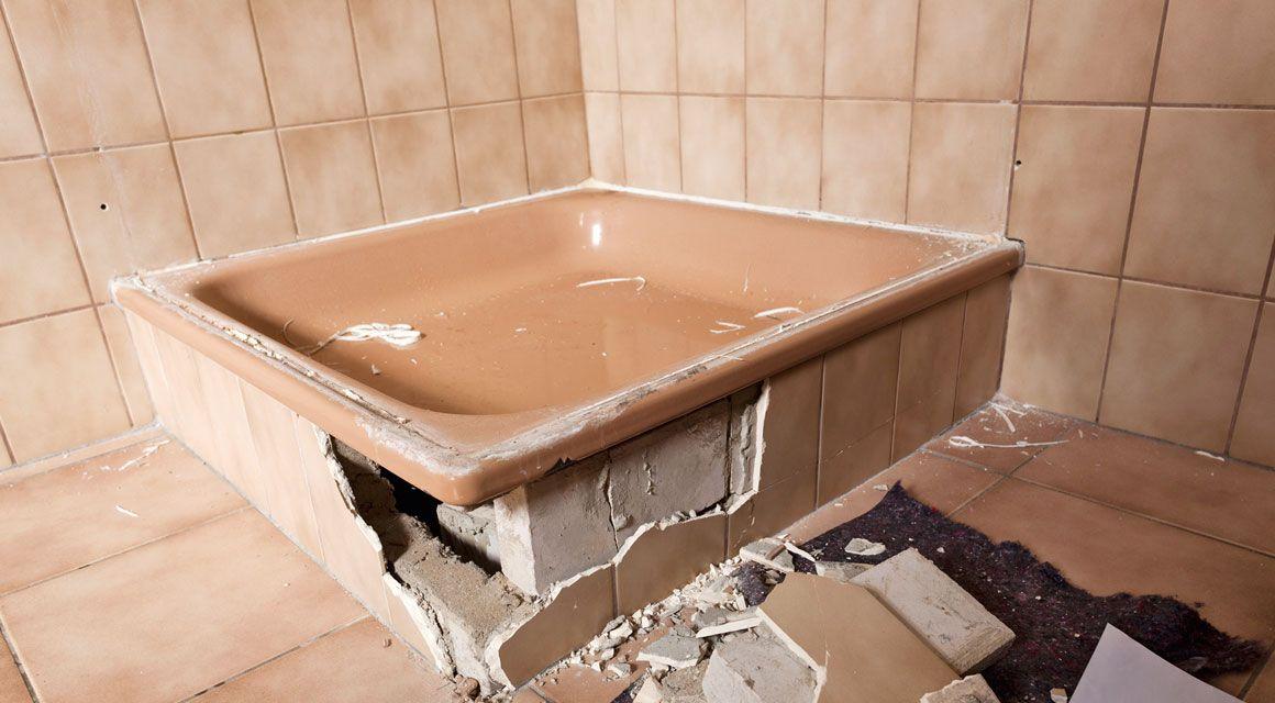 Badezimmer Renovieren So Werden Fliesen Fugen Und Co Wie Neu Mit Bildern Ebenerdige Dusche Dusche Renovieren Dusche Selber Bauen