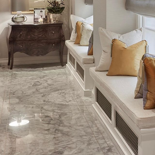 Flooring and window seat details from our Knightsbridge project #sophiepatersoninteriors #luxuryinteriors #flooring #marble #knightsbridge