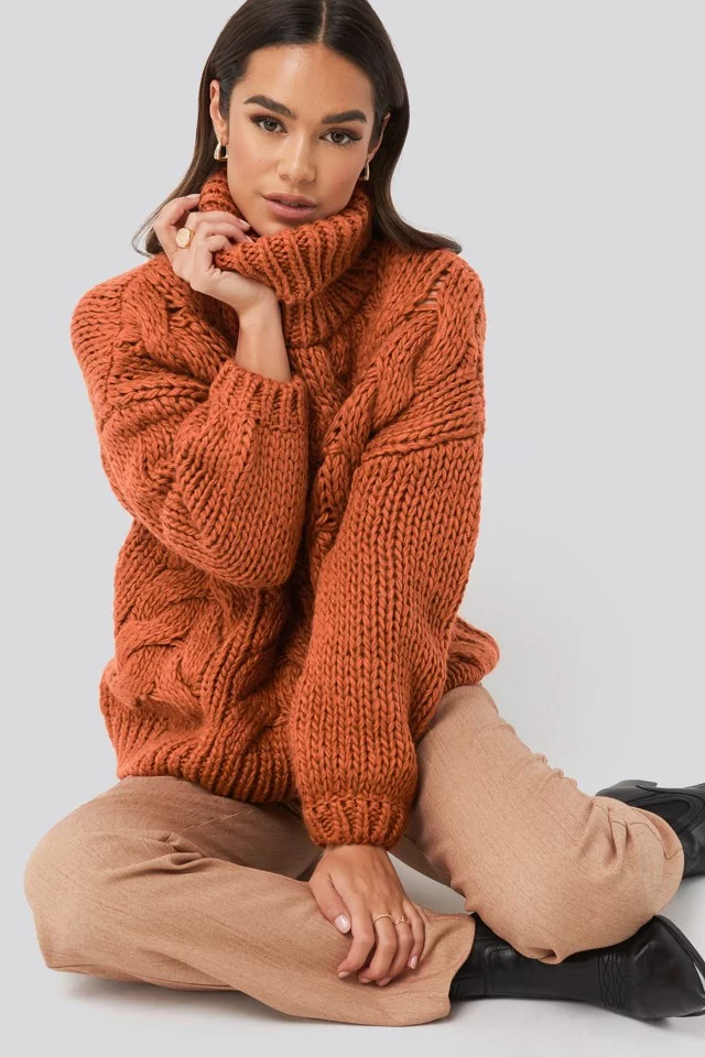 Wool Blend High Neck Heavy Cable Knitted Sweater Rust