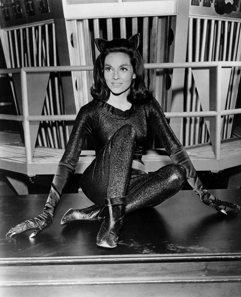 lee meriwether catwoman - Buscar con Google