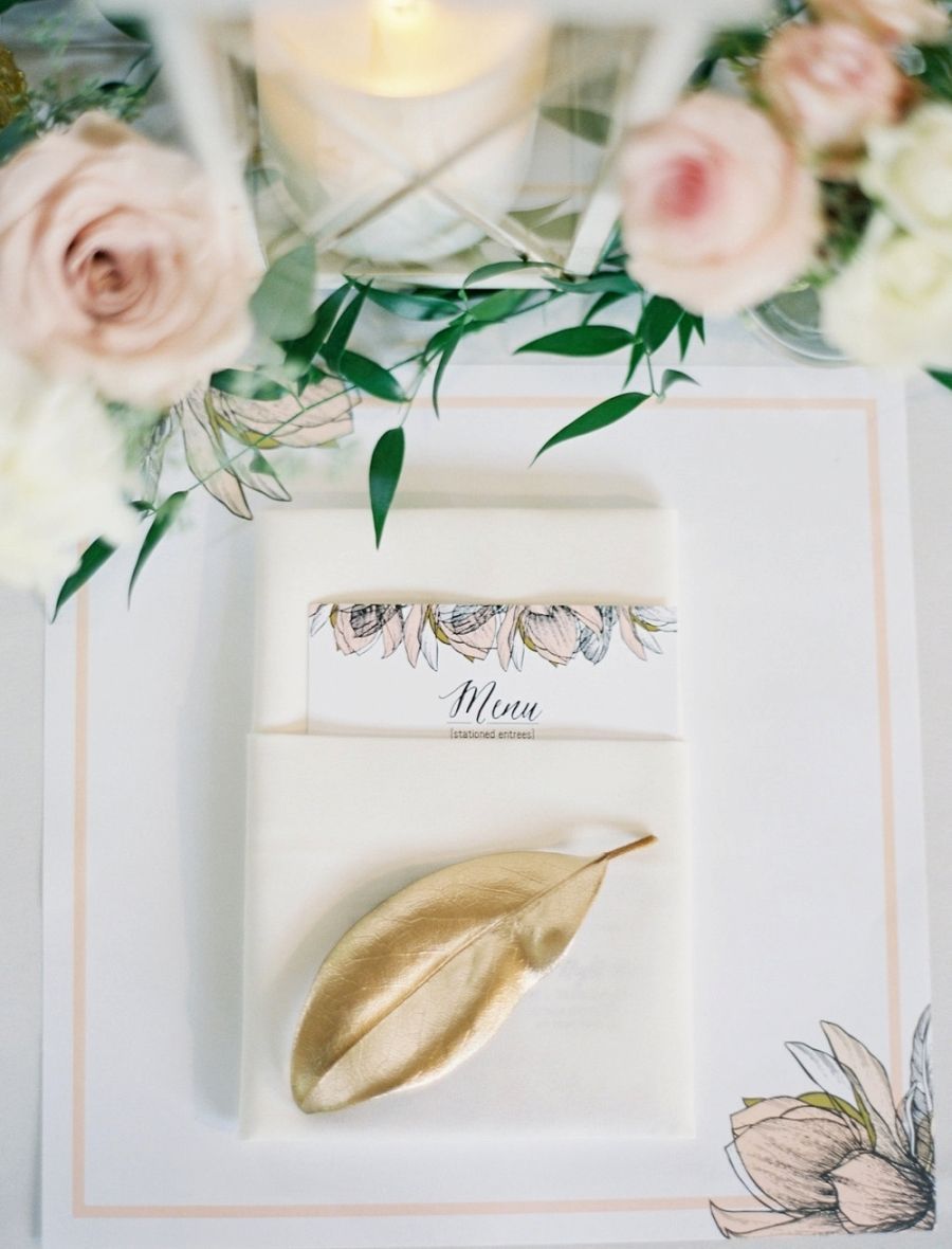 Photography: Vicki Grafton Photography - vickigraftonphotography.com Read More on SMP: http://www.stylemepretty.com/2016/03/04/classic-garden-inspired-solomons-island-wedding/