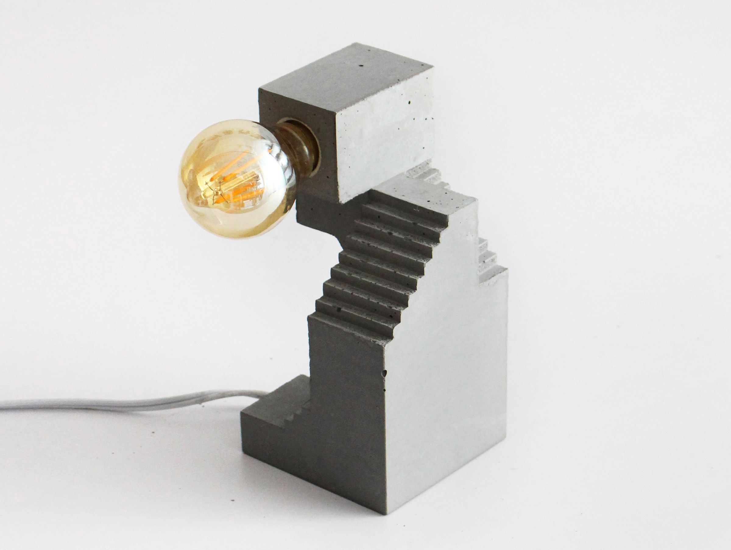 """다음 @Behance 프로젝트 확인: """"Sculptural Lamp no. 1"""" https://www.behance.net/gallery/44075687/Sculptural-Lamp-no-1"""