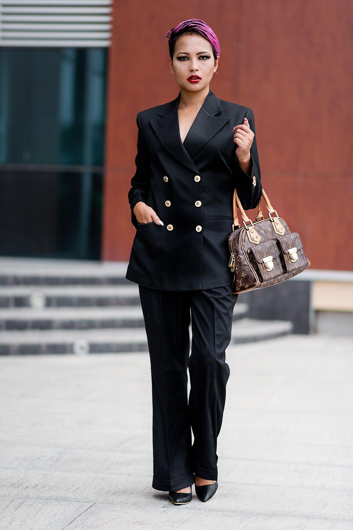 8d346d205f6 Envoged.com - Louis Vuitton Manhattan PM - Indian Fashion Blog - Streetstyle  - Fashion Editorial - 8