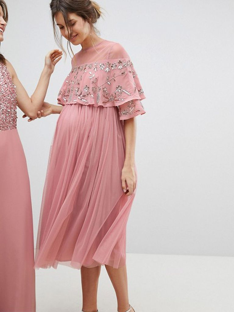 8eab87598ab 15 Maternity Bridesmaid Dresses Your Pregnant Friends Will Actually Want to  Wear