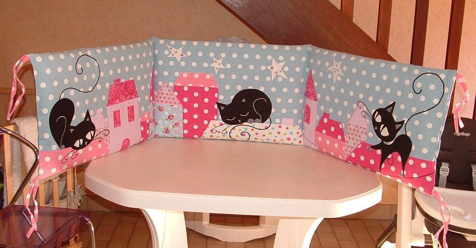 tour de lit chat couture enfant pinterest tour de lit linge de lit enfant et gigoteuse. Black Bedroom Furniture Sets. Home Design Ideas