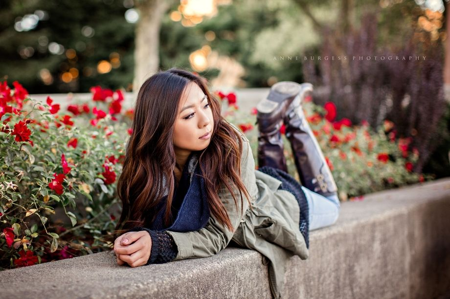 Senior girl poses, senior picture Ideas, senior photography