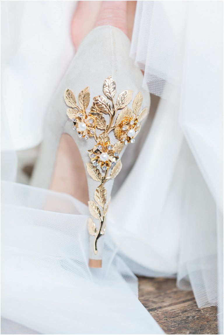 Your Wedding Dress And Bridal Accessories Beautiful Wedding Shoes Bridal Accessories Wedding Shoes