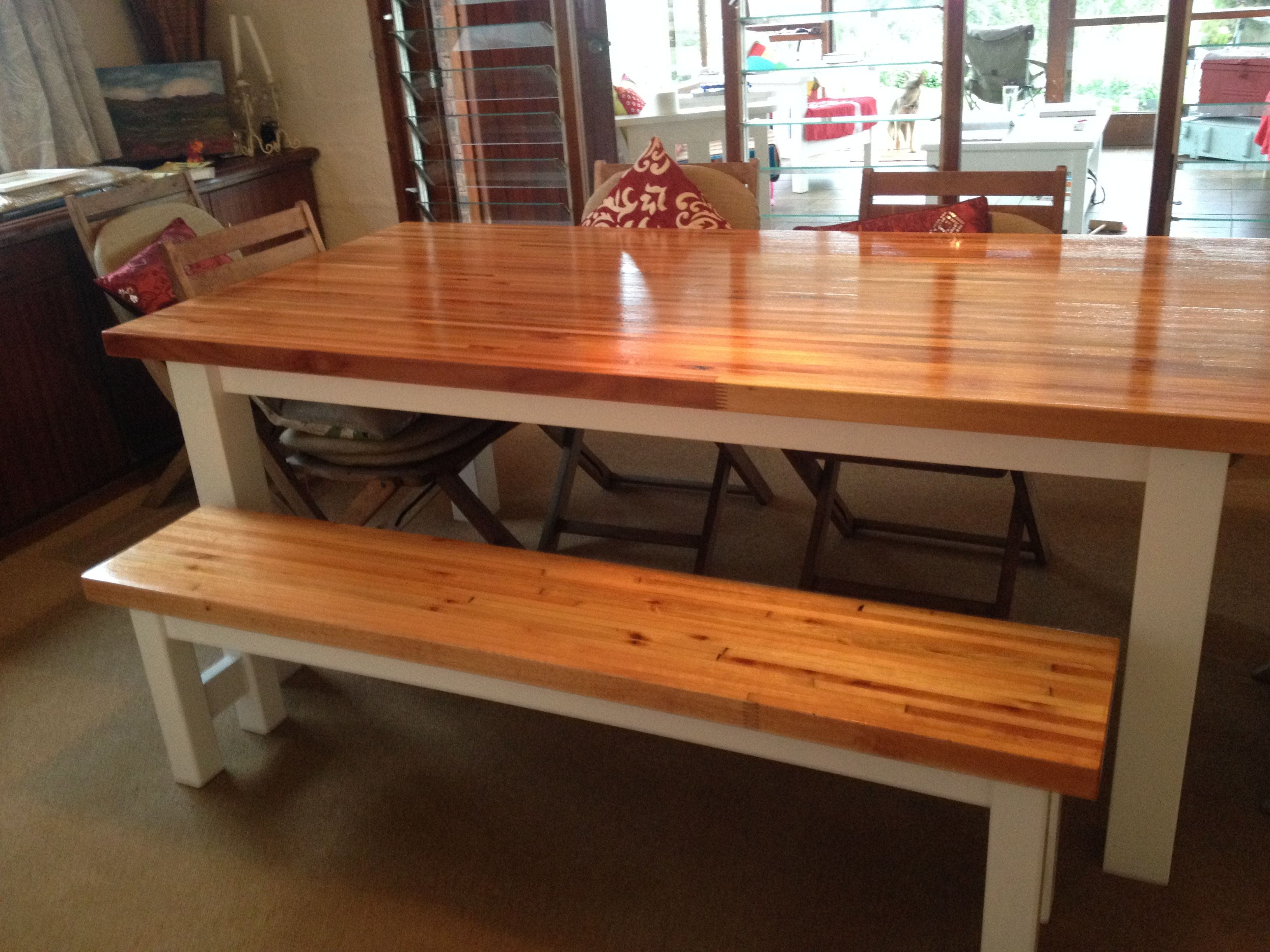 Happy Solid Everyday Kitchen Dining Room Table Bench Laminated Saligna Top