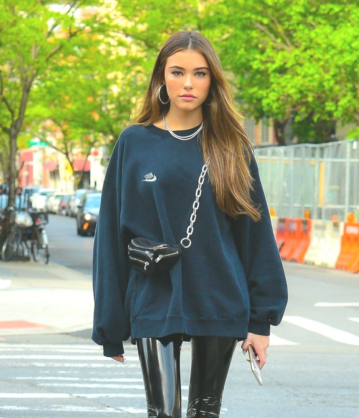 Womenshop Space Madison Beer Outfits Nike Sweatshirts Beer Outfit [ 1397 x 1200 Pixel ]