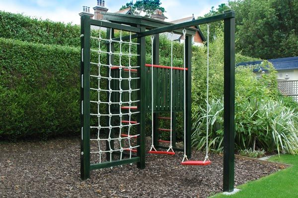 plan eden designer peter obrien will design and contruct bespoke outdoor play equipment and treehouses for gardens throughout ireland and internationally