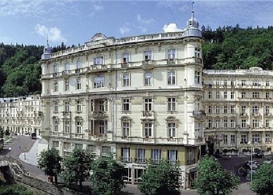 Grandhotel Pupp Grand Budapest Hotel Hotel Travel
