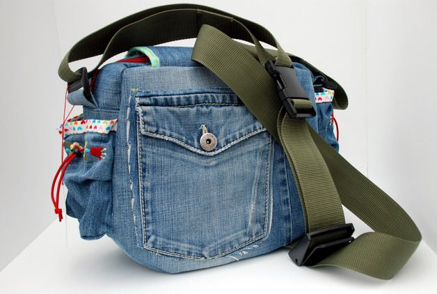 Umhängetaschen - Fotobella *UPcycled Jeans* - ein Designerstück von FraeuleinFarbenfroh bei DaWanda