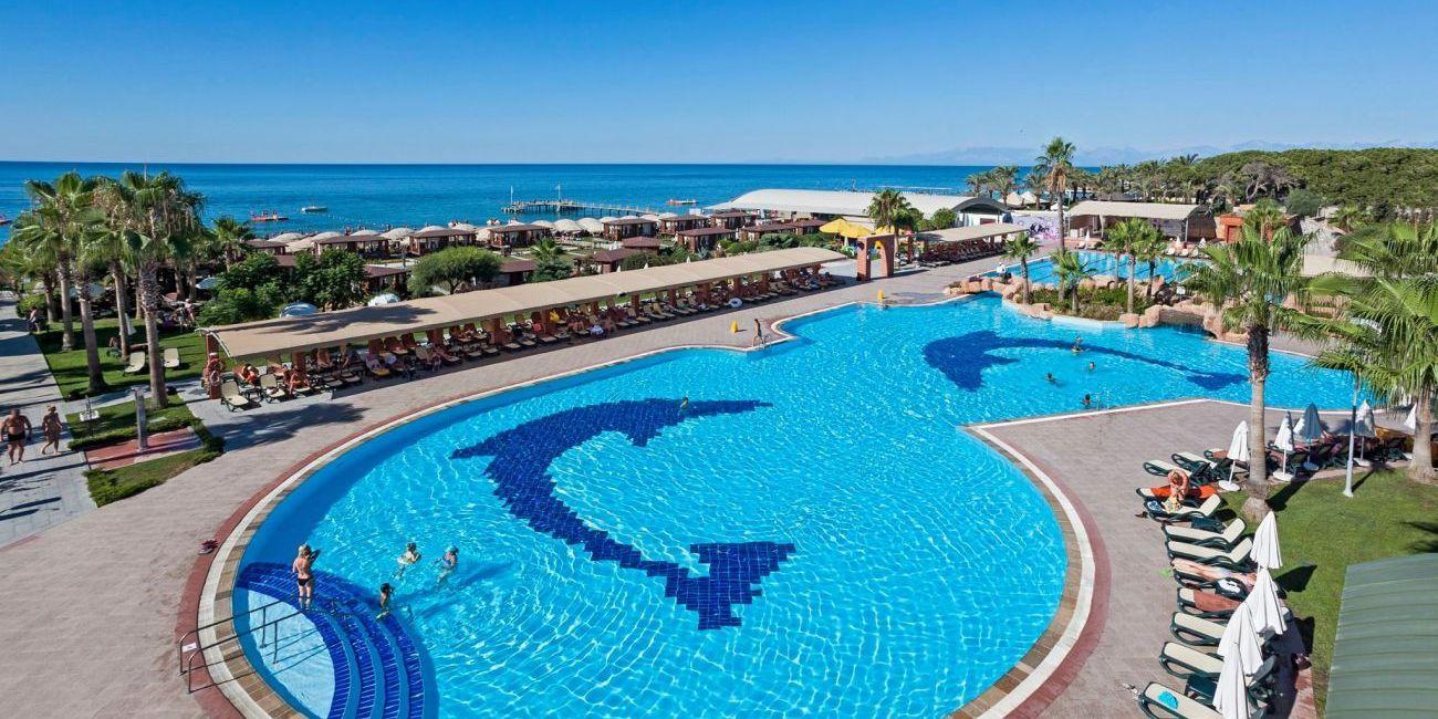 Vacanta De Vara 2018 La Mare Pe Litoral In Antalya Belek La Hotel Maritim Pine Beach De 5 Stele Din Turcia Beach Resorts Antalya Resort