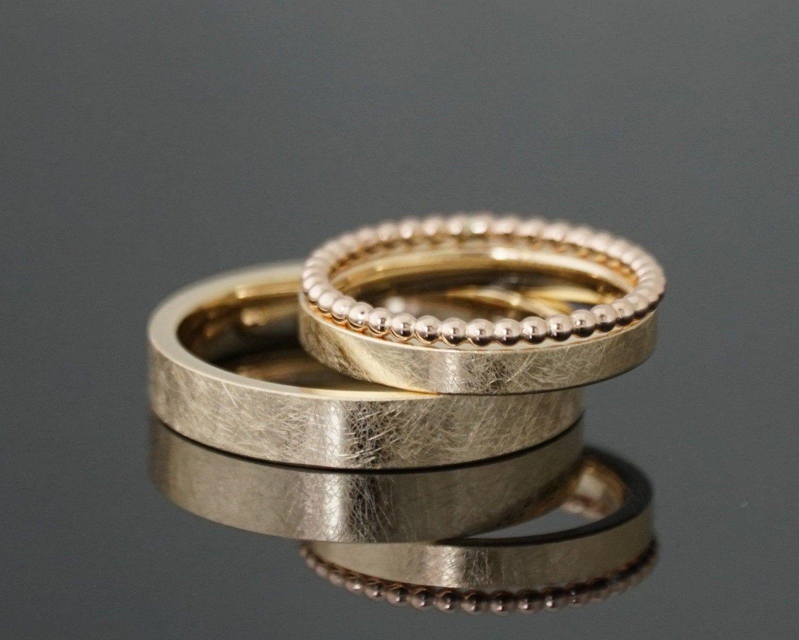 Eheringe FROZEN GOLD schmal SET Kugelring  Etsy  Gold wedding