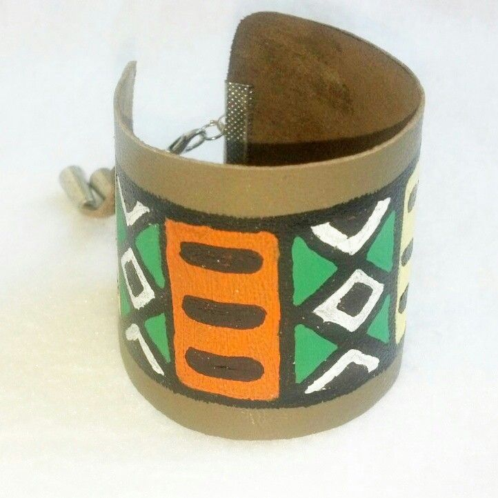 Hand-painted leather African bracelet