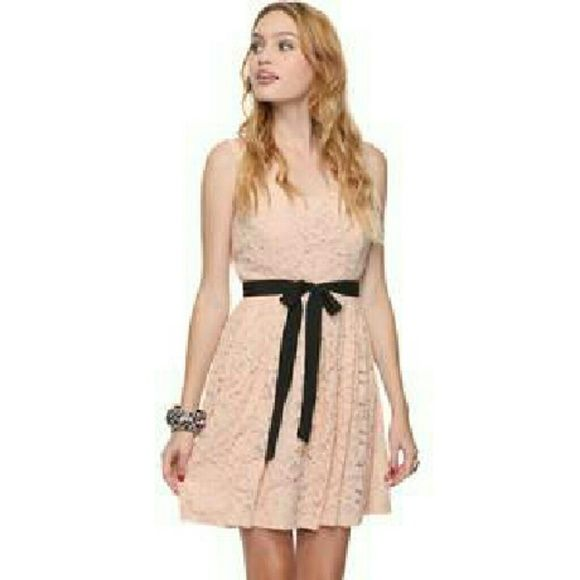 Forever 21 Pink Lace Mini Dress Mini Dress Everyday Dresses Lace Dress