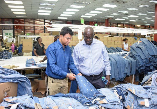 Duties and responsibilities of production manager in apparel