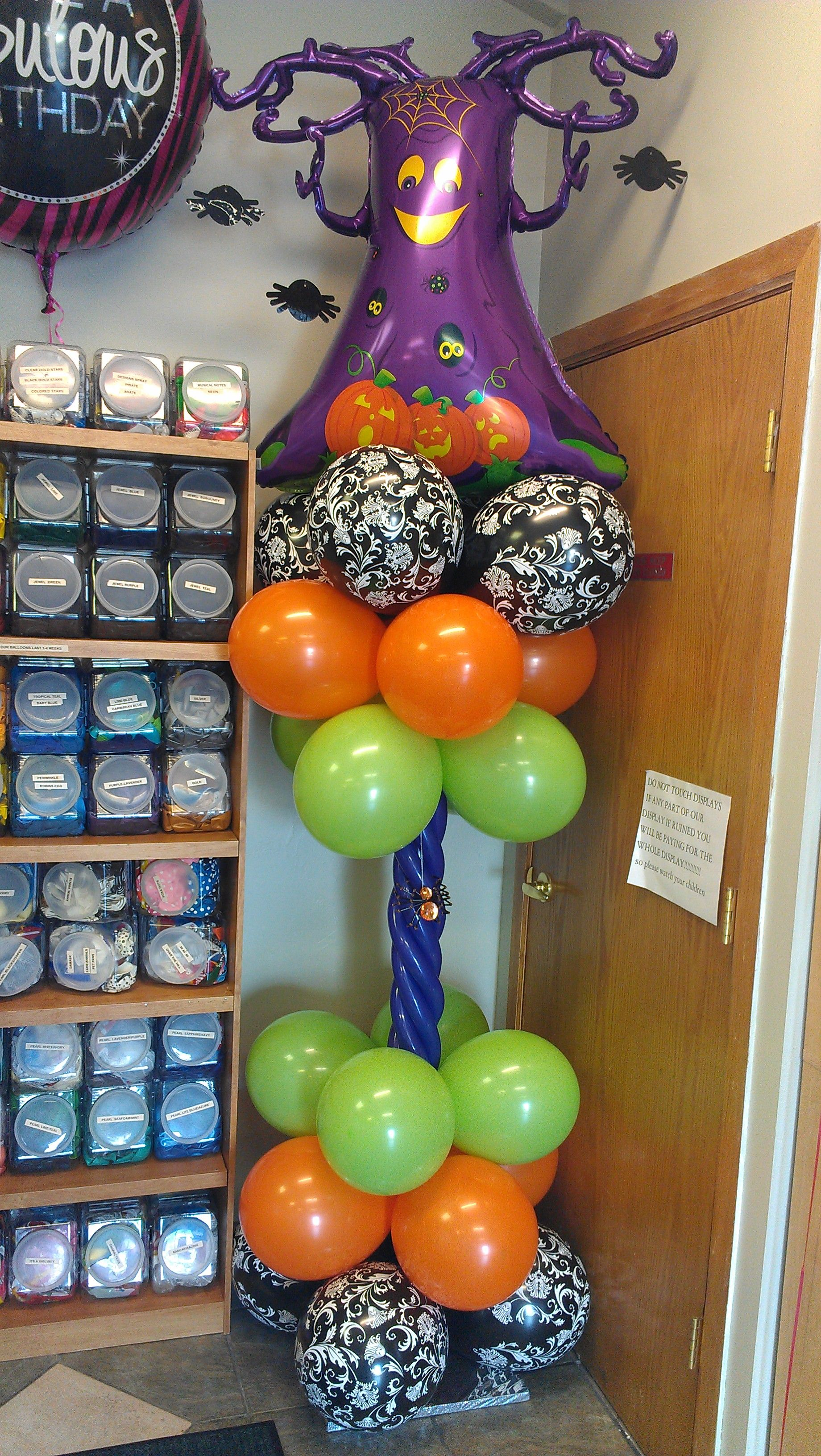 Halloween Spider tree column Balloon decorations