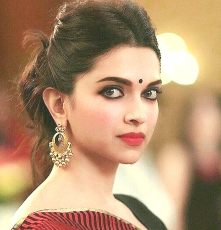 Deepika / Deepika #deepika #deepikapadukonehairstyles ...
