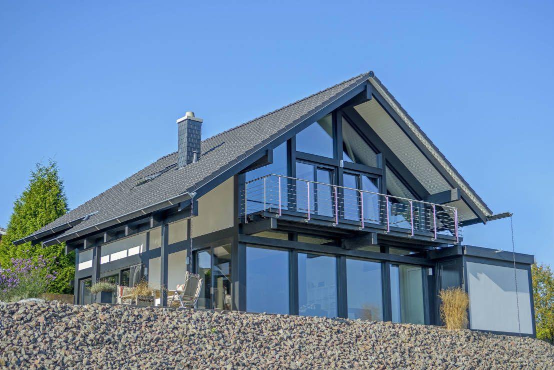 Haus Am See Mit Gigantischem Ausblick Homify Homify House Styles Haus Architecture