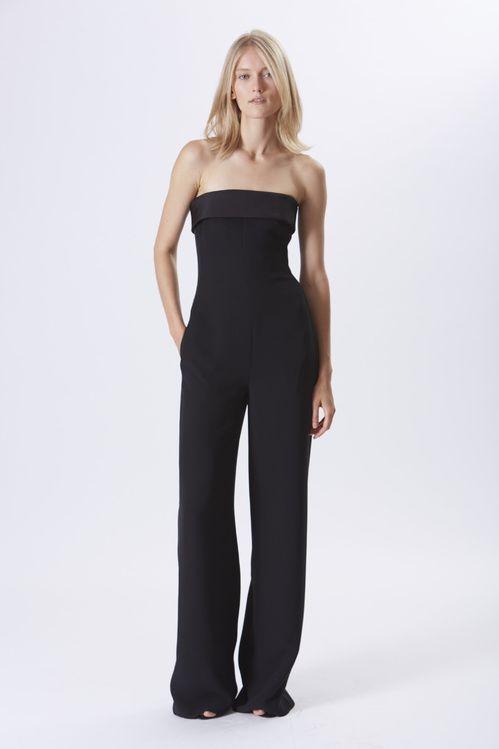 ee4121de7749 La combi-pantalon de la collection croisière 2016 de Ralph Lauren bustier  noire