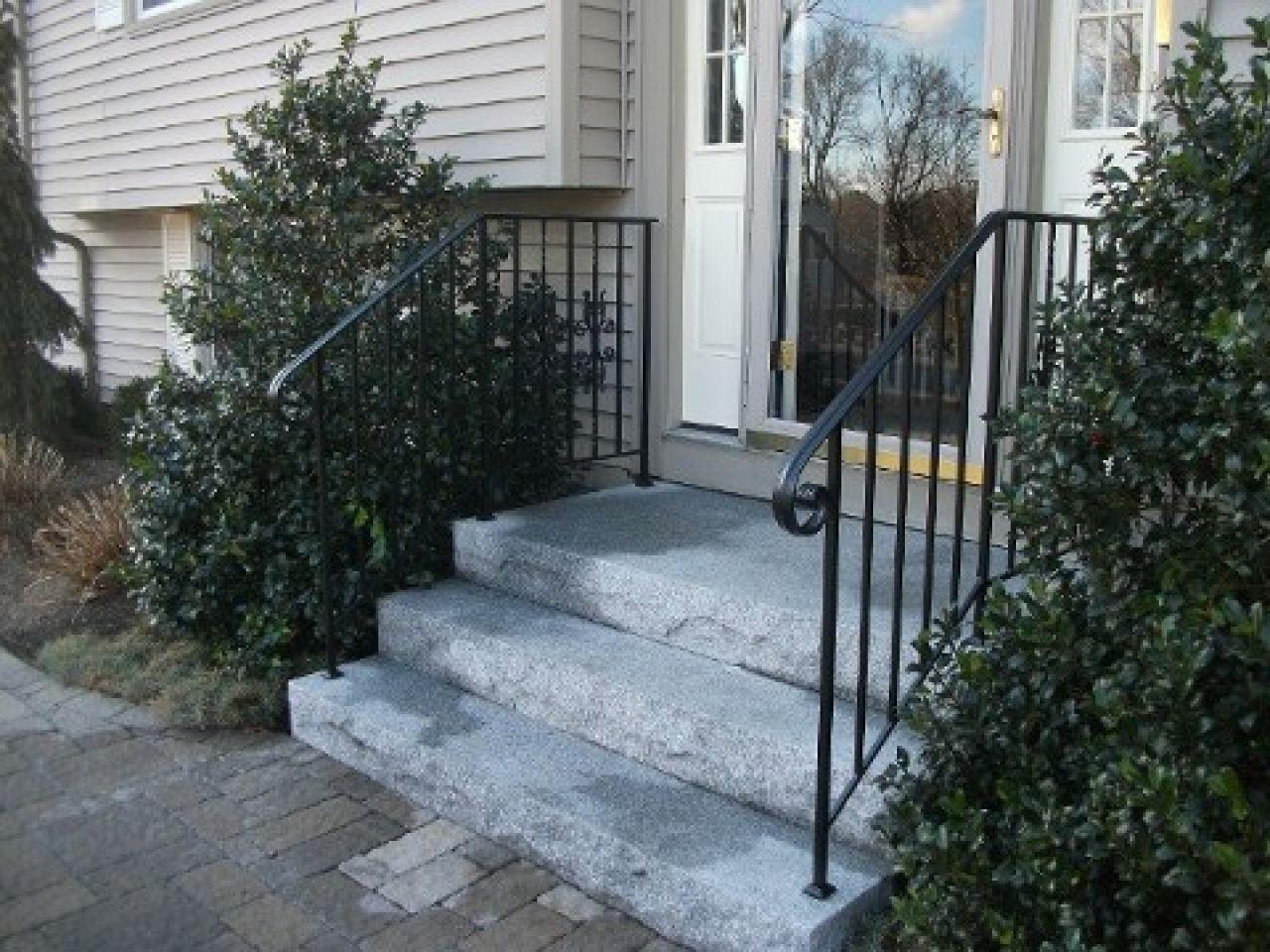 Railing For Stairs Outside #Stairs Check More At Http://staircasedesign.xyz