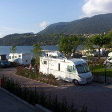 Wohnmobilstelplatz Caldonazzo, Via Lungo Lago 70, 38050 Calceranica al Lago, Trentino, Südtirol, Italien